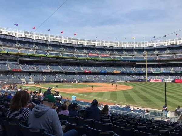 Yankee Stadium, secção: 111, fila: 22, lugar: 2