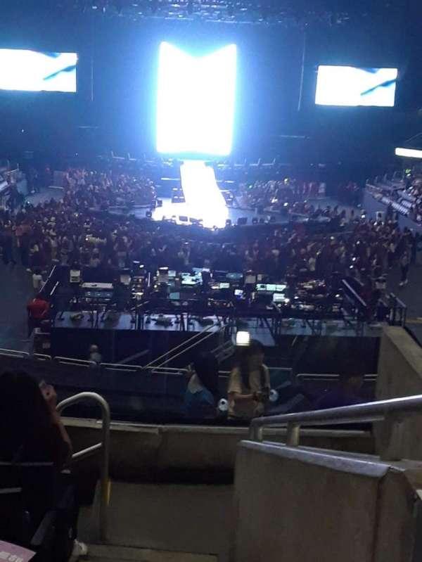 Staples Center, secção: 208, fila: 7, lugar: 3