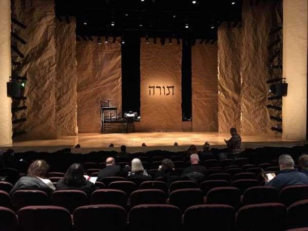 Stage 42, secção: Orchestra Center, fila: K, lugar: 111