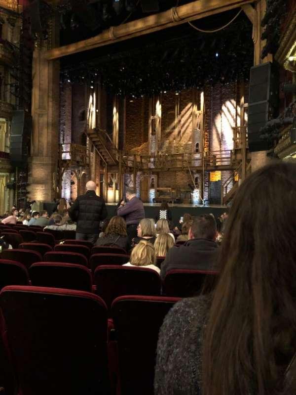 CIBC Theatre, secção: Orchestra R, fila: Q, lugar: 14