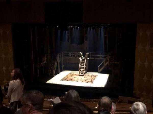 Fisher Theatre, secção: LRTCNT, fila: E, lugar: 124