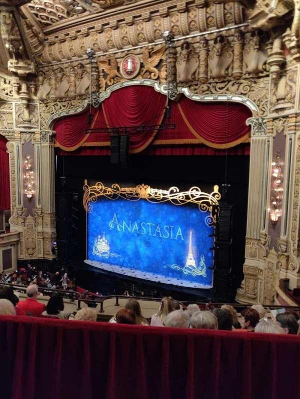 James M. Nederlander Theatre, secção: Balcony R, fila: E, lugar: 360
