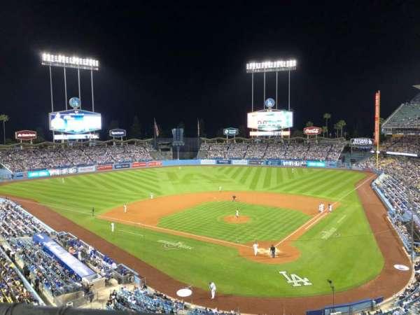 Dodger Stadium, secção: 5RS, fila: A, lugar: 5