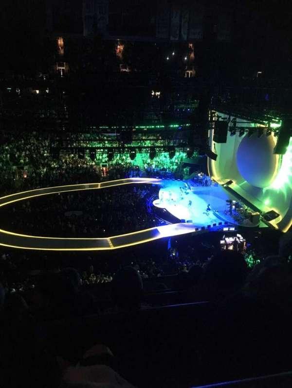 Scotiabank Arena, secção: 320, fila: 5, lugar: 18