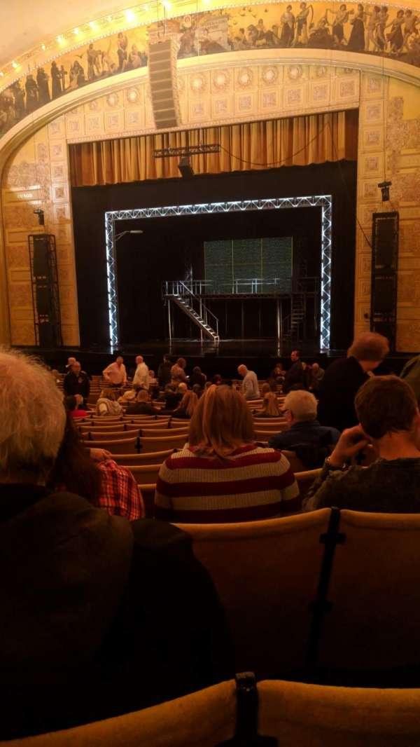 Auditorium Theatre, fila: AA, lugar: 107