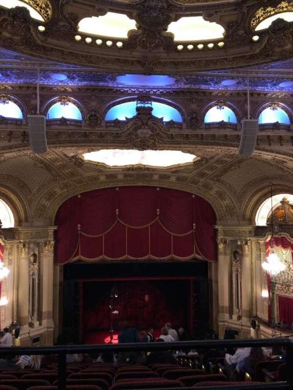 Citizens Bank Opera House, secção: Balcony C, fila: P, lugar: 111