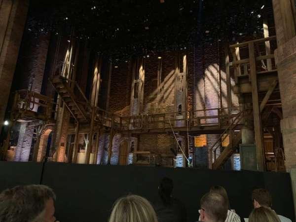 CIBC Theatre, secção: Orchestra R, fila: E, lugar: 6