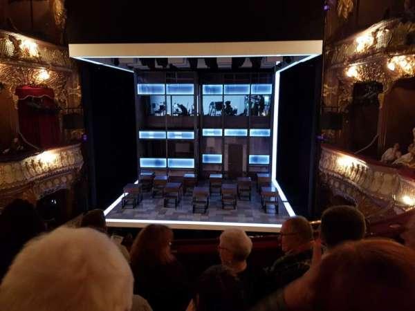 Apollo Theatre, secção: Dress circle, fila: D, lugar: 14