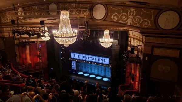 Imperial Theatre, secção: Rear Mezz, fila: J, lugar: 7