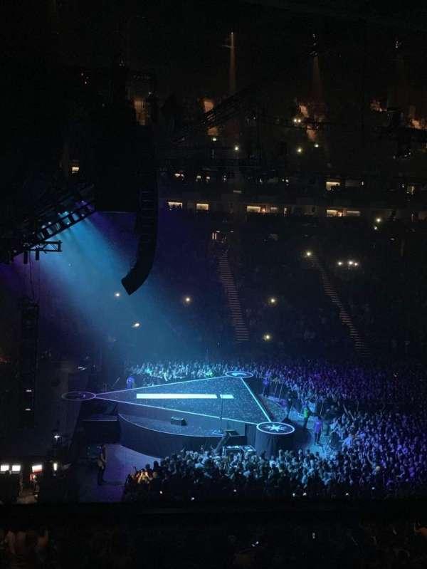 The O2 Arena, secção: 202, fila: 1, lugar: 4
