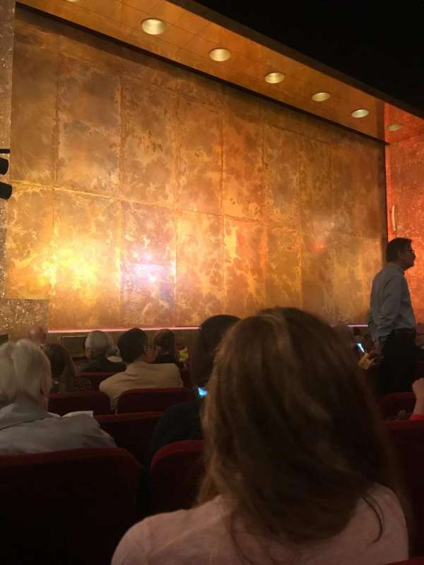 Cort Theatre, secção: Orchestra L, fila: H, lugar: 11