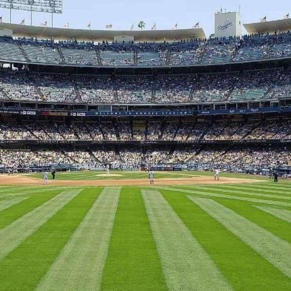 Dodger Stadium, secção: 307PL, fila: A , lugar: 5