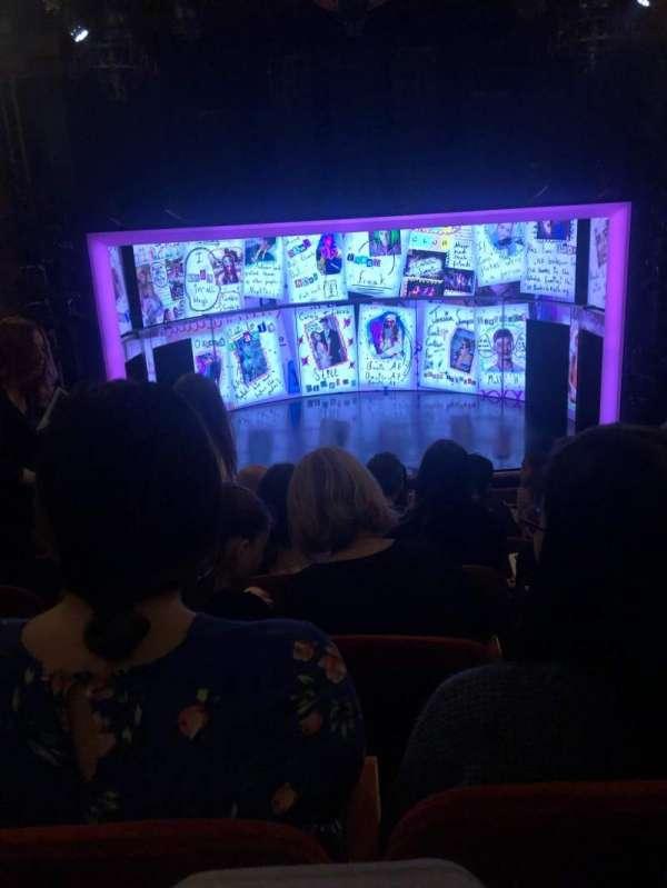 August Wilson Theatre, secção: Mezzanine C, fila: F, lugar: 109
