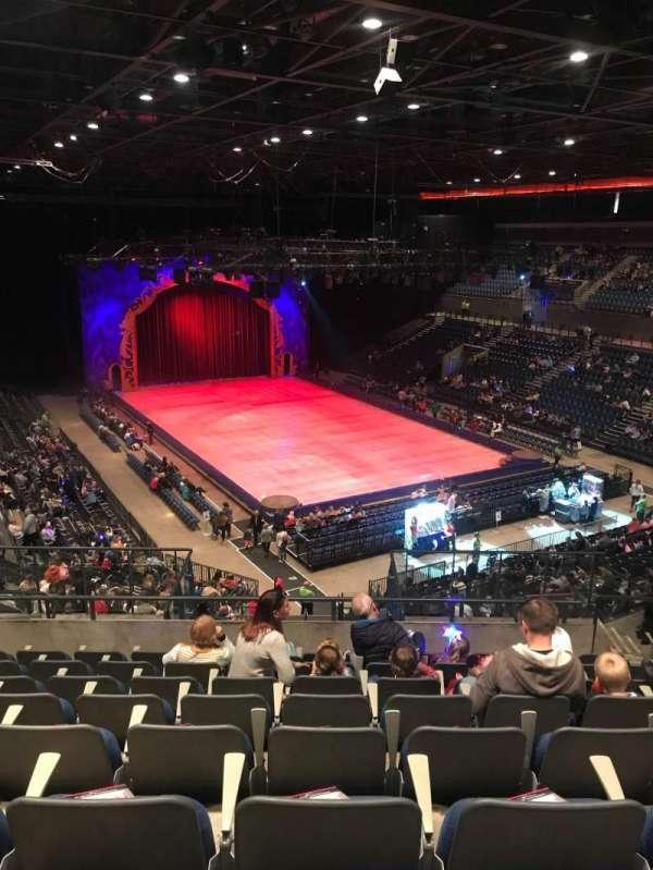 M&S Bank Arena, secção: 8, fila: MM, lugar: 186