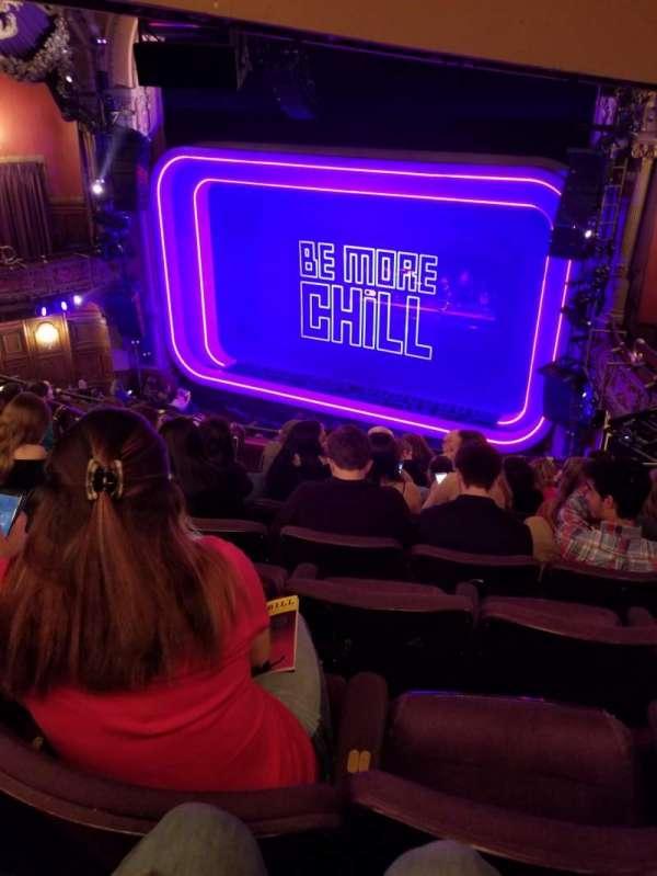 Lyceum Theatre (Broadway), secção: Mezzanine, fila: H, lugar: 18