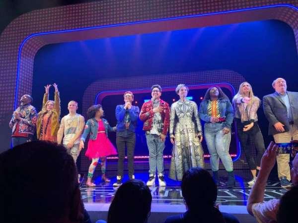 Lyceum Theatre (Broadway), secção: Orchestra, fila: B, lugar: 105