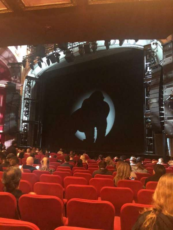 Broadway Theatre - 53rd Street, secção: Orchestra, fila: Q, lugar: 23