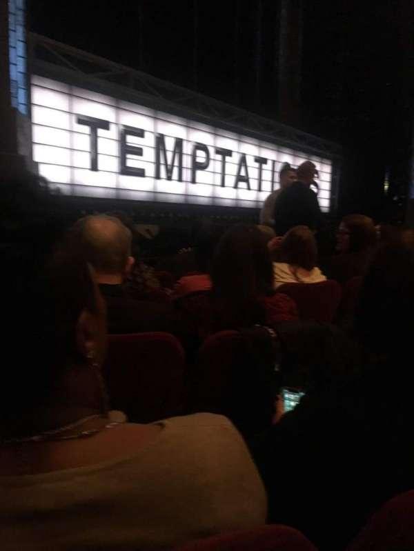 Imperial Theatre, secção: Orchestra L, fila: C, lugar: 13