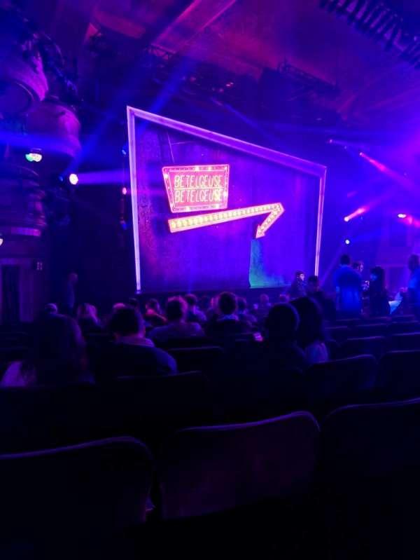 Winter Garden Theatre, secção: orchestra, fila: P, lugar: 25