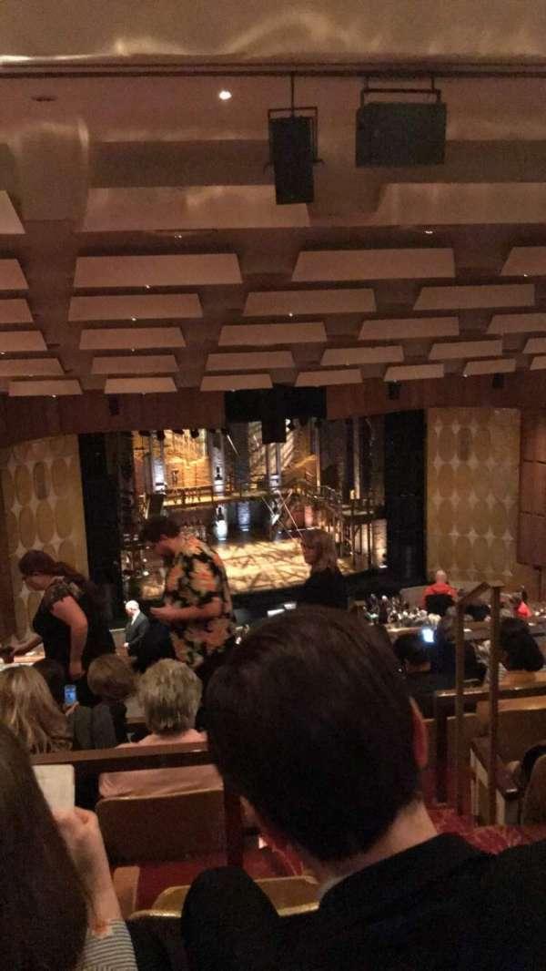 Fisher Theatre, secção: BALC L BLT, fila: P, lugar: 3