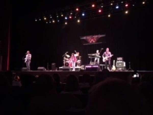 Akron Civic Theater, secção: Orch-3, fila: E, lugar: 11