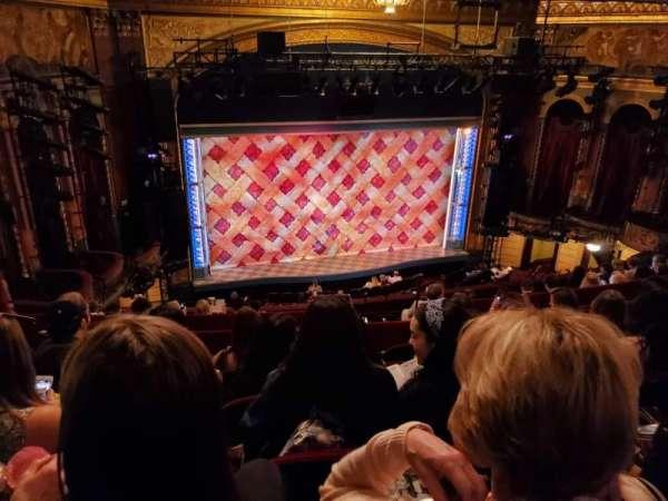 Brooks Atkinson Theatre, secção: Rear Mezzanine LC, fila: K, lugar: 127