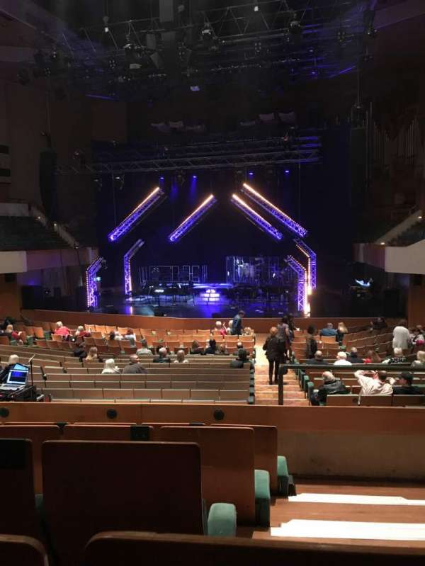 St David's Hall, secção: Tier 1, fila: EE, lugar: 16
