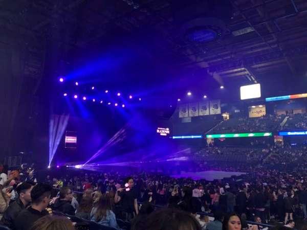 Allstate Arena, secção: 102, fila: G, lugar: 4-5