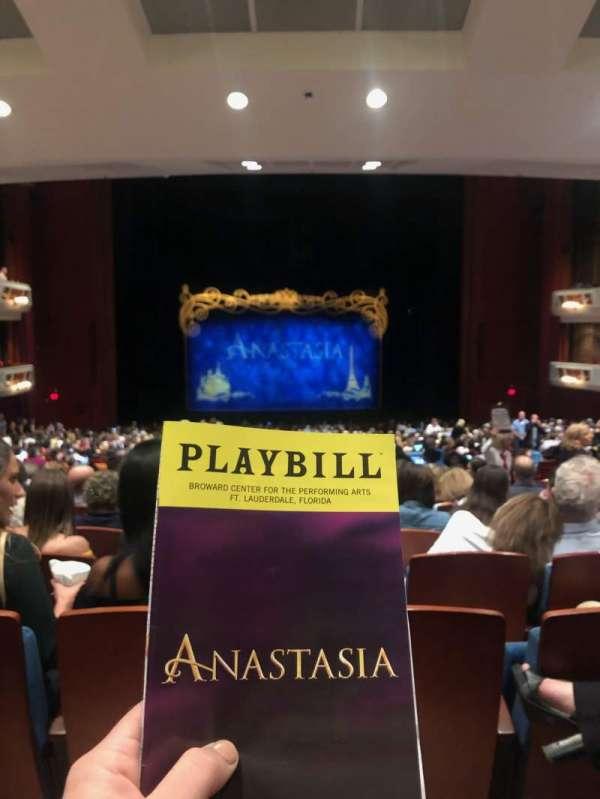 Au-Rene Theatre at the Broward Center, secção: Center Orchestra, fila: MM, lugar: 111