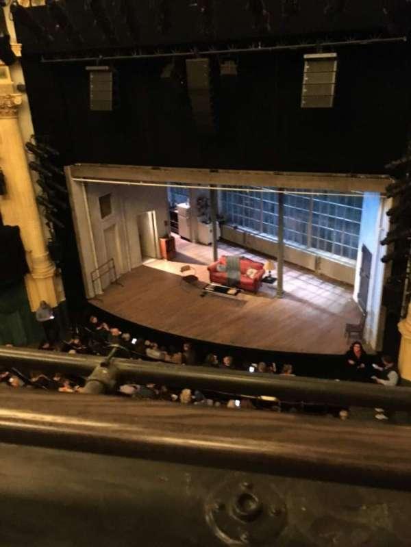 Hudson Theatre, secção: Balcony R, fila: A, lugar: 2