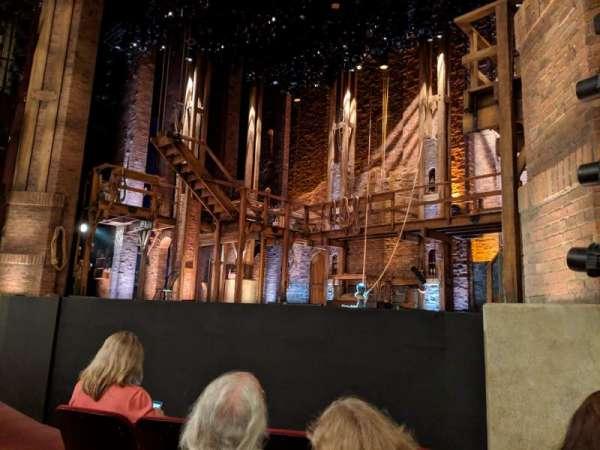CIBC Theatre, secção: Orchestra r, fila: E, lugar: 14