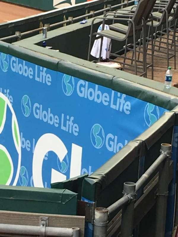 Globe Life Park in Arlington, secção: 47, fila: 1, lugar: 5