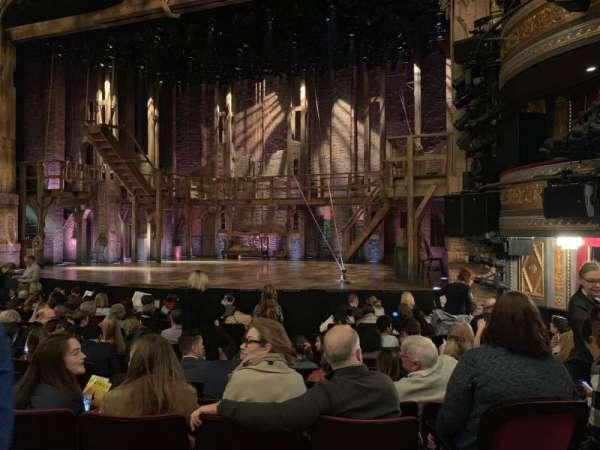 Richard Rodgers Theatre, secção: Orchestra R, fila: L, lugar: 10