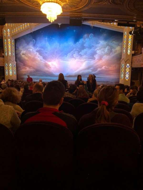 Eugene O'Neill Theatre, secção: Orchestra, fila: R, lugar: 6