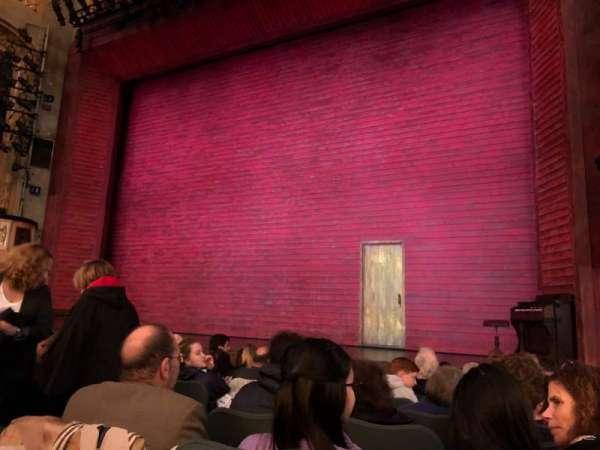 Shubert theatre, secção: Orchestra R, fila: K, lugar: 8