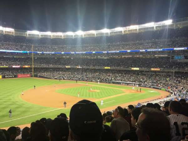yankee stadium, secção: 227b, fila: 9, lugar: 22