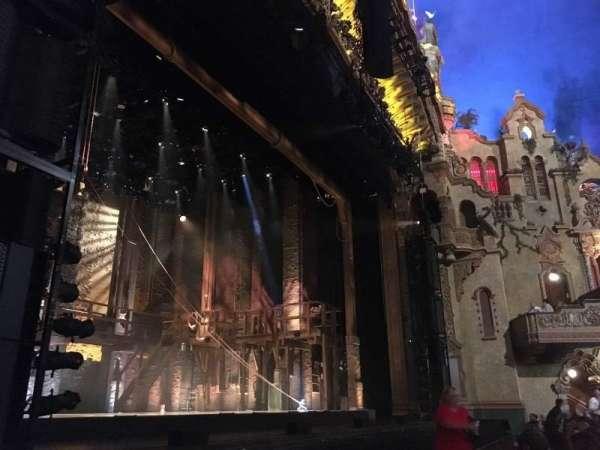 Majestic Theatre - San Antonio, secção: Orchestra Box L1, fila: 2, lugar: 1