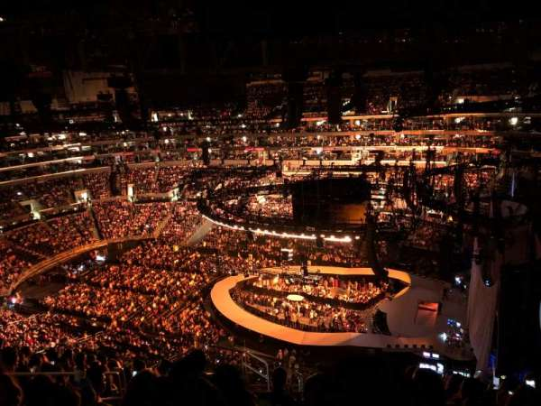 Staples Center, secção: 332, fila: 12, lugar: 15