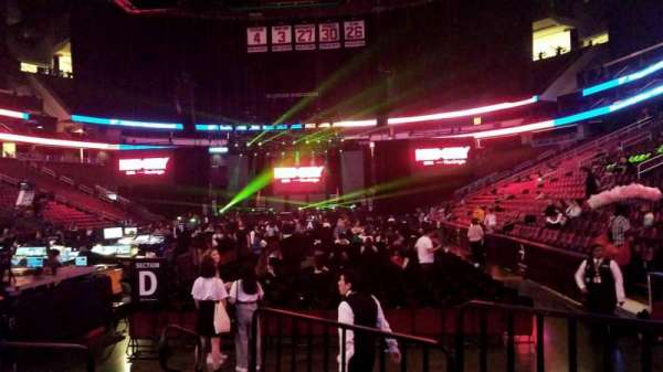 Prudential Center, secção: 4F, fila: F, lugar: 4,5