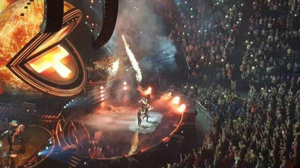 The O2 Arena, secção: 402, fila: B, lugar: 496