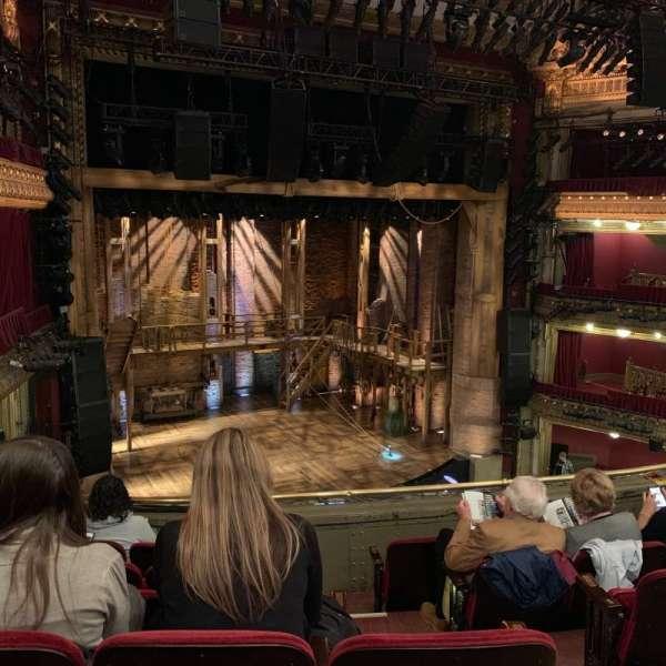 CIBC Theatre, secção: Mezzanine L, fila: F, lugar: 5