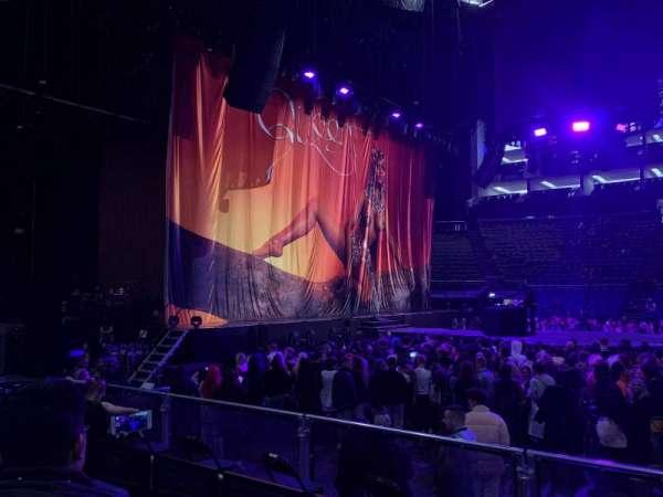 The O2 Arena, secção: 101, fila: F, lugar: 38