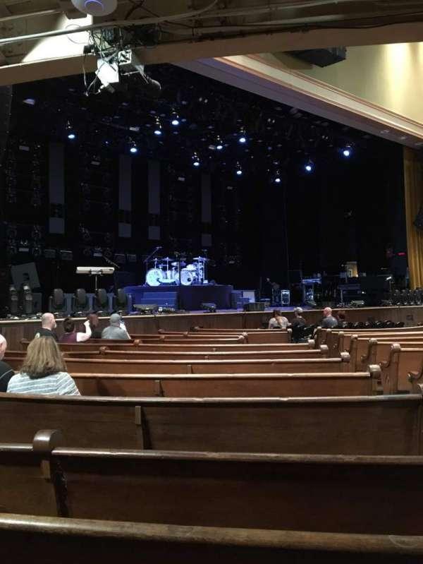 Ryman Auditorium, secção: MF-7, fila: P, lugar: 3