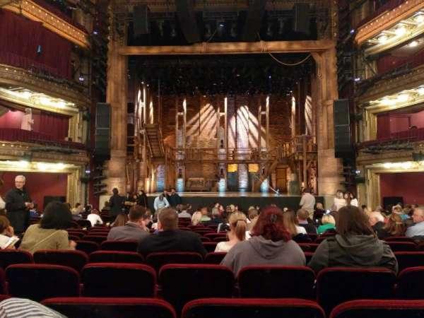 CIBC Theatre, secção: Orchestra C, fila: U, lugar: 109