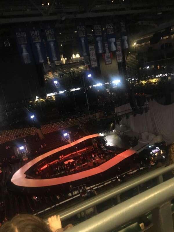 Scotiabank Arena, secção: 321, fila: 9, lugar: 6'7