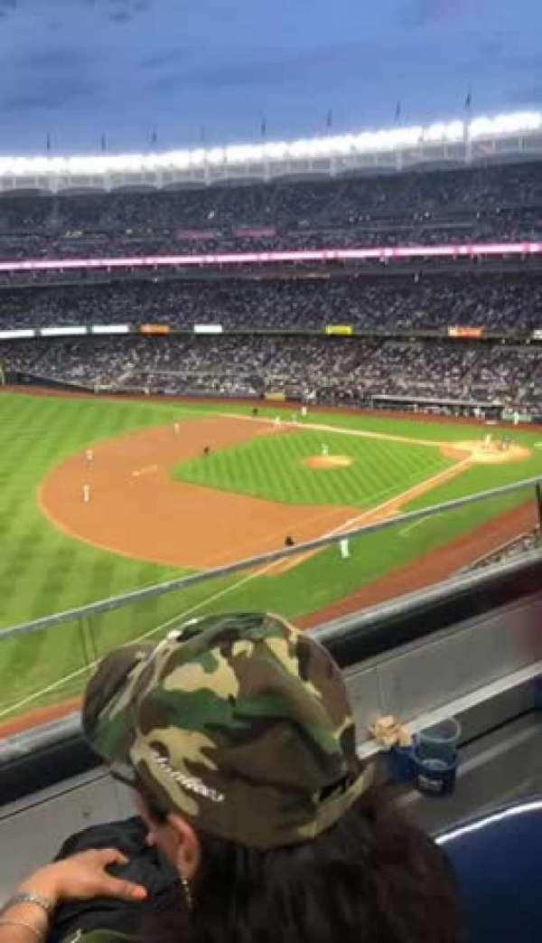 Yankee Stadium, secção: 329, fila: 2, lugar: 9
