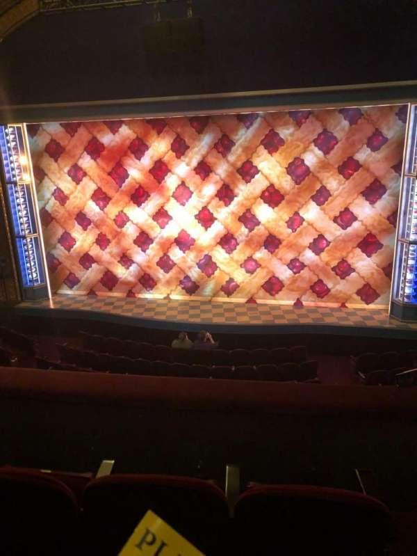 Brooks Atkinson Theatre, secção: Front Mezzanine, fila: C, lugar: 114