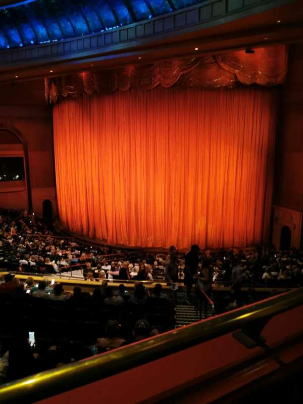 O Theatre, secção: Loggia, fila: 200, lugar: 223/224