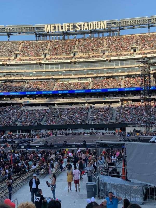 MetLife Stadium, secção: 137, fila: 11, lugar: 16