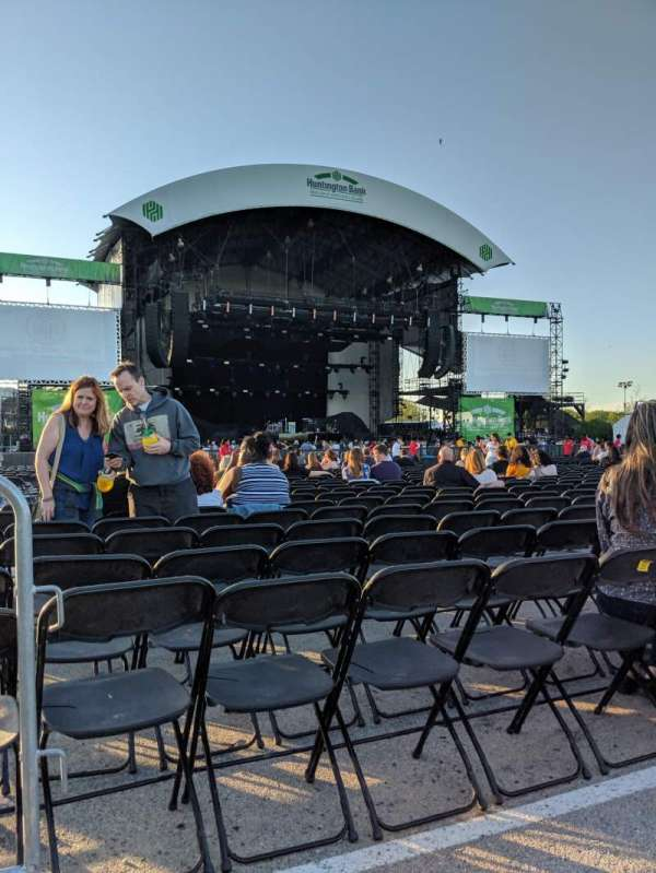 Huntington Bank Pavilion at Northerly Island, secção: 308, fila: A, lugar: 25